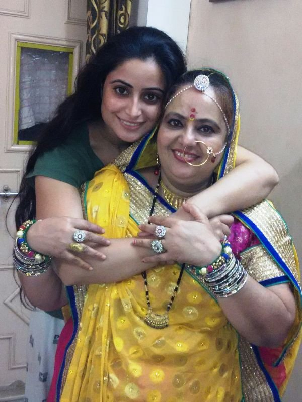 Aishwarya Sharma with her mother
