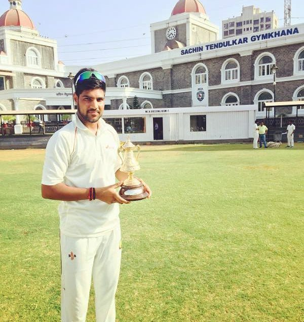 Lalit Yadav after winning the Vizzy Champions Trophy during the zonal matches