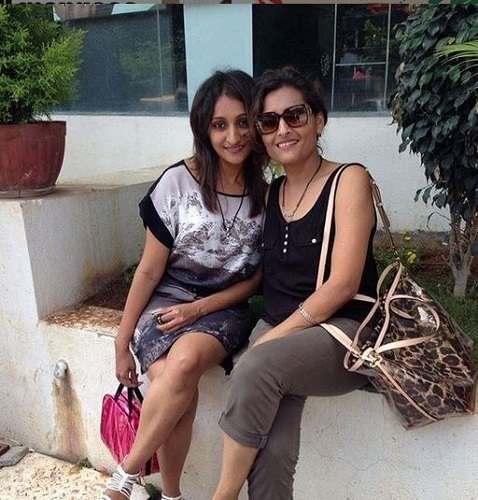 Roshni Sanghvi With Her Mother