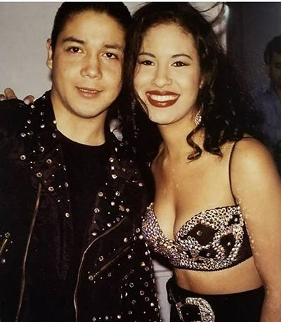 Selena Quintanilla with her Husband
