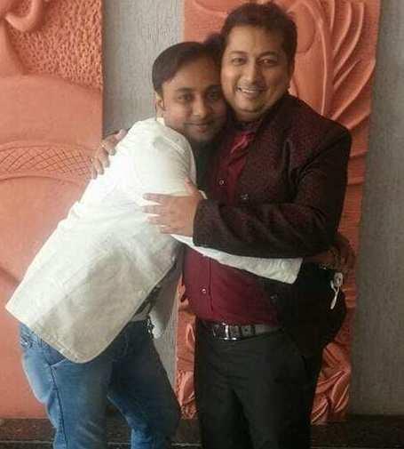 Abhishek Makwana with his brother