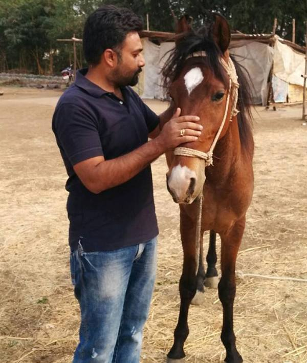 Hemant Kher with his horse