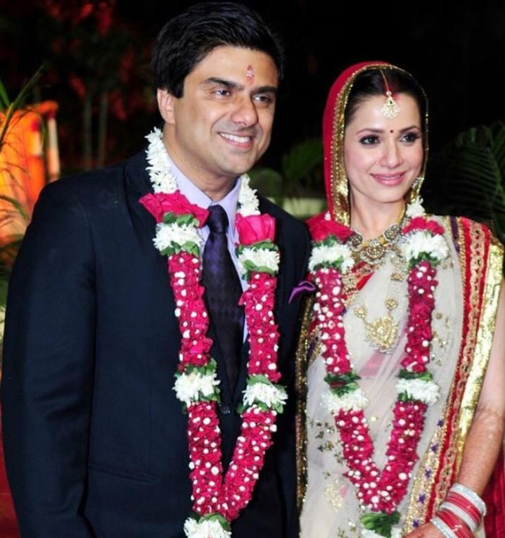 Neelam Kothari's wedding picture
