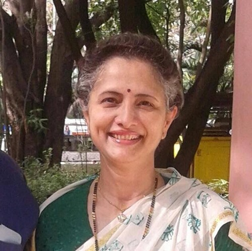 Madhuri Kanitkar's sister, Nilima Kadambi