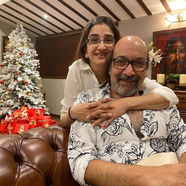 Mickey Contractor with his wife Meher Contractor