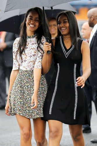 Sasha Obama with Malia Obama