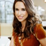 Lacey Chabert Height, Age, Boyfriend, Husband, Family, Biography & More