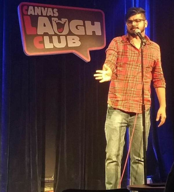 Rajat Chauhan performing at the Canvas Laugh Club