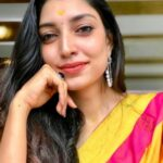 Rithu Manthra (Bigg Boss Malayalam 3) Height, Age, Boyfriend, Family, Biography & More