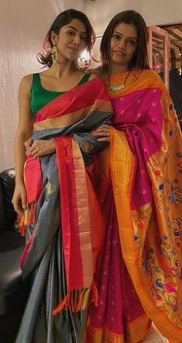 Santoshi Shetty and her mother