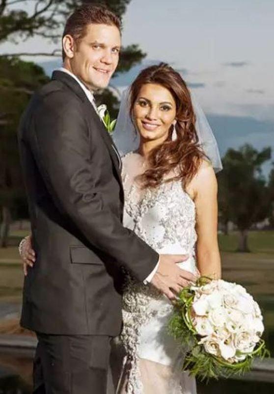 Diana Hayden wedding picture