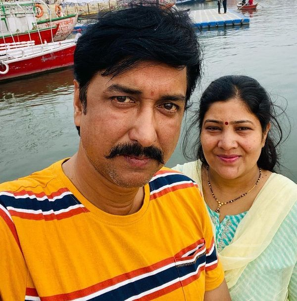 Sanjay Pandey with his wife Ragini Pandey