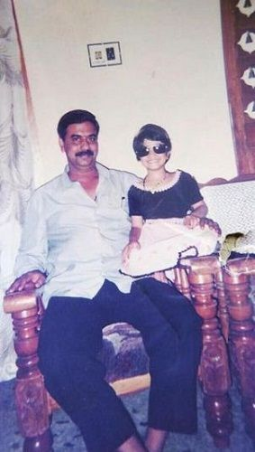 Vaishnavi Gowda's childhood picture with her father