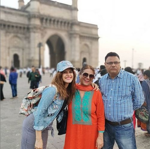 Onima Kashyap with her parents