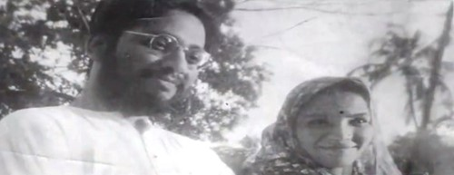 Pandit Chaturbhuj Rathod with his wife