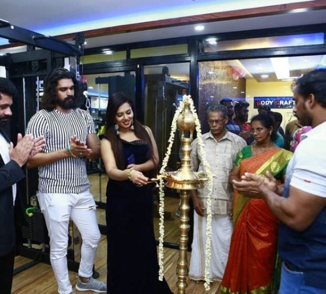 Remya Panicker for a mall inauguration