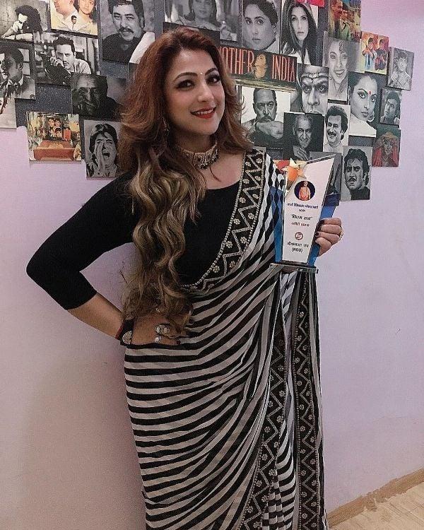 Sweety Chhabra with the Swami Vivekanand Global Award 2021