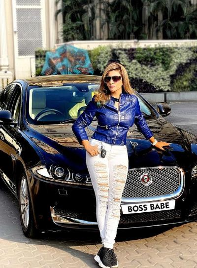 Roshni Kapoor with her car