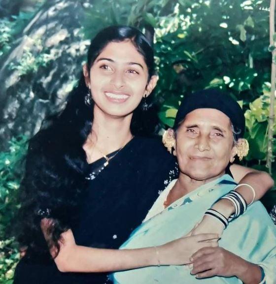 Aisha Sultana with her grandmother