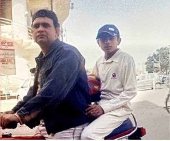 Babar Azam as a ball boy with his father