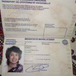 Signature of Taslima Nasrin on her passport