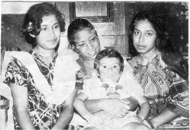 Young Taslima Nasrin (on extreme left) with mother and siblings