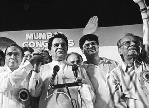 Dilip Kumar campaigning for the Congress party in 1999