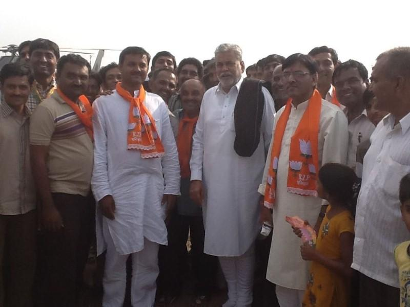 Mansukh Madaviya after being appointed as the State Secretary of BJP