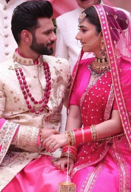 Rahul Vaidya and Disha Parmar wedding photo