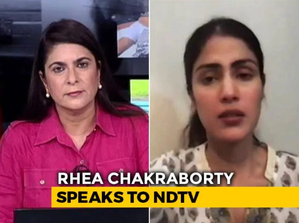 Sonia Singh while interviewing Rhea Chakraborty in 2020