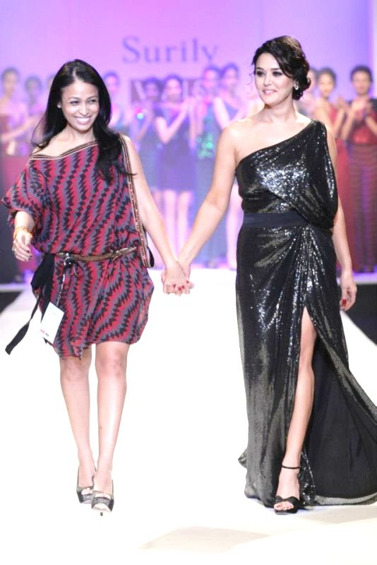 Surily Goel with Preity Zinta at one of her fashion shows