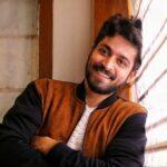 Harish Kalyan Height, Age, Girlfriend, Family, Biography & More