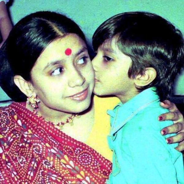 Childhood picture of Vikram Bhatt with her mother