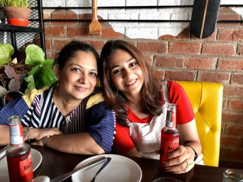 Vidhi Pandya with her mother